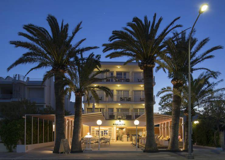 The best offers and prices on the official website only cabot romantic puerto pollença