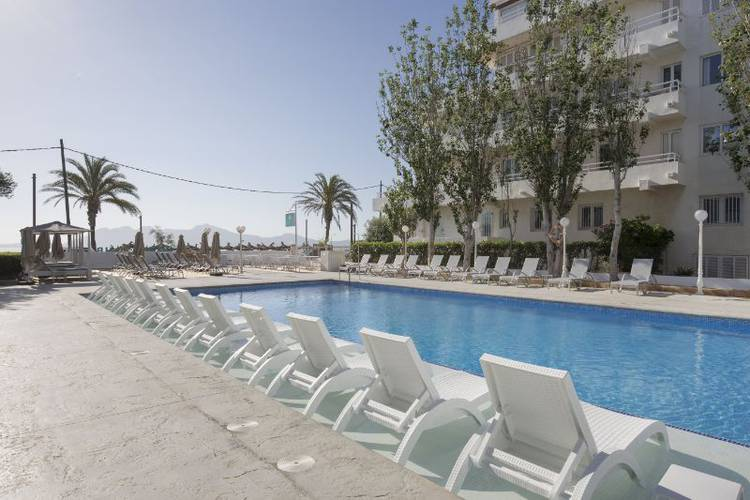 Apartment with balcony & pool view cabot hobby club apartments puerto pollença